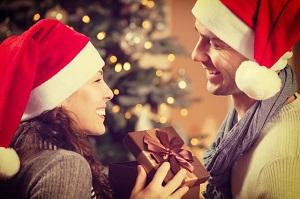 Как выбрать подарок на Новый год для друзей и близких