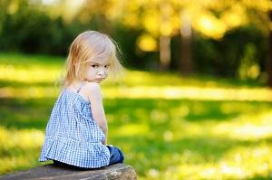 Причины детских капризов и истерик в разном возрасте