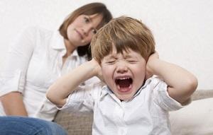 Почему ребенок капризничает - причины