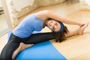 Ежедневная зарядка для женщин - советы по выполнению упражнений
