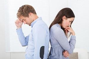С какими трудностями сталкивается семейная пара в условиях мегаполиса