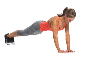 Описание различных упражнений для упругой груди для женщин