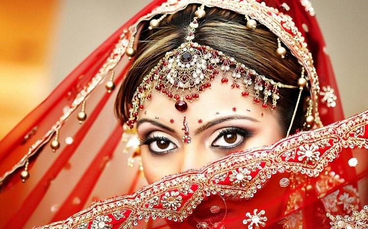 Индийский макияж - правила и техника исполнения мейкапа в восточном стиле