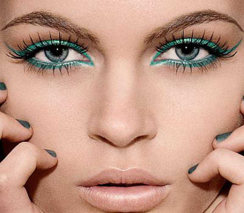 Makeup tips and tricks for blue eyes