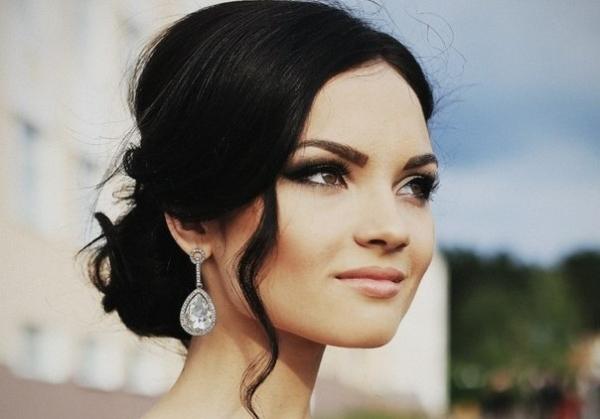 Красивый свадебный макияж для кареглазых