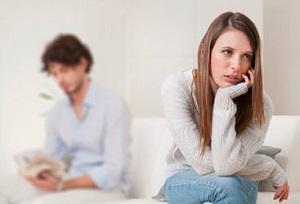 Как понять мужчину, который игнорирует понравившуюся ему женщину