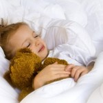 Можно ли приучить ребенка засыпать самостоятельно и как сделать это правильно