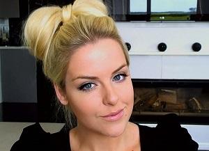Как создать красивую прическу Бант из волос классическим способом