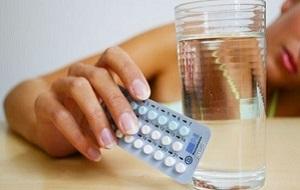 Прием гормональных средств для лечения миомы матки