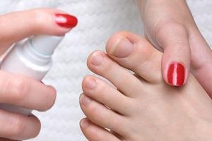 Противогрибковые спреи - преимущества и как они воздействуют на грибок ногтей