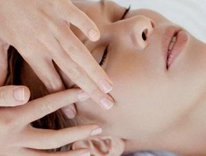 Мануальное (механическое) очищение лица - плюсы и минусы методики