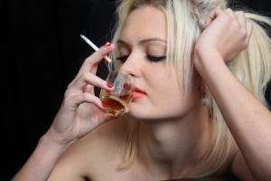 Курение - одна из причин бесплодия у женщин
