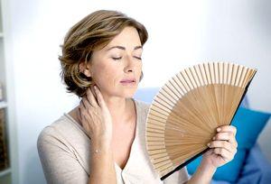 Основные симптомы и признаки при климаксе у женщин