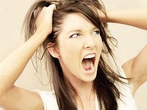 Возрастное выпадение волос у женщин - причины появления проблемы