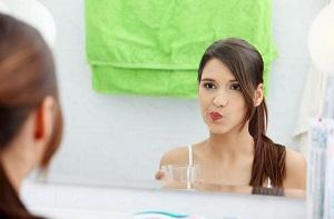 Как успокоить зубную боль дома - рецепты народной медицины