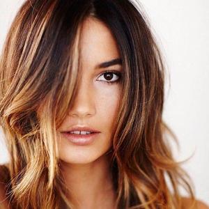 Что такое брондирование на темные волосы и кому оно подойдет?