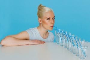 Причины повышения уровня тромбоцитов в крови у женщины: необходимая диета