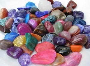 Какие камни подходят женщинам по знаку зодиака Козерог