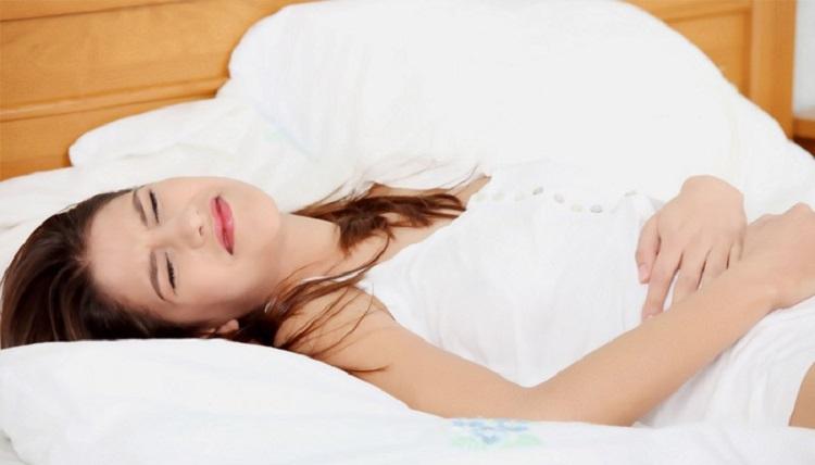 Какие основные симптомы и признаки проявления аппендицита у женщин