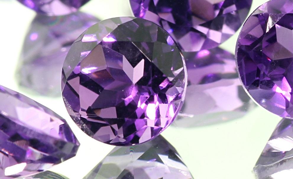 Магические свойства камня аметиста для женщин-стрельцов