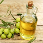 Как пользоваться оливковым маслом для волос: полезные советы
