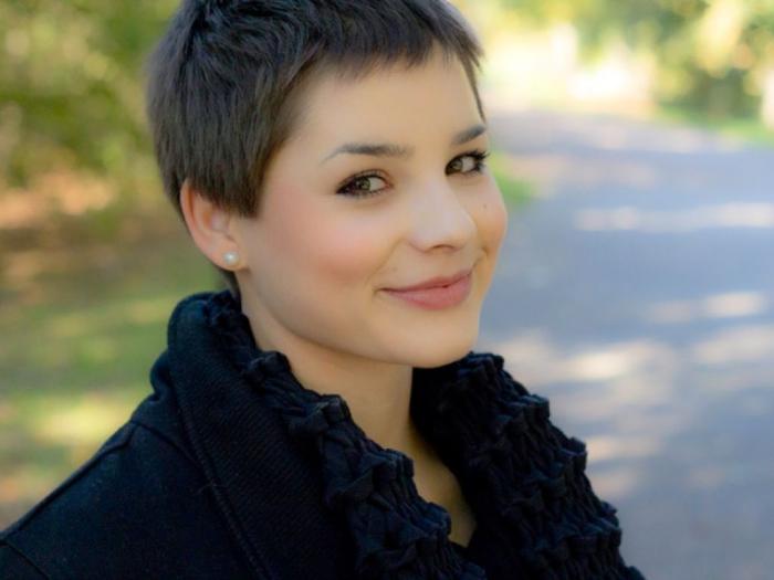Стрижки на короткие волосы для полных женщин: фото