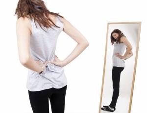Как полюбить себя и повысить самооценку женщине: примите свои недостатки
