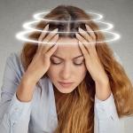 От чего возникает головокружение шум в ушах при нормальном давлении?