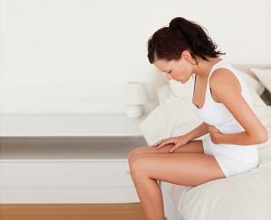 О причинах повышенного газообразования у женщин и как избавиться от симптома