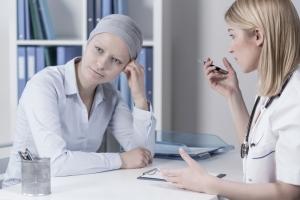 Сколько живут и каковы симптомы рака крови у женщин, в чем опасность заболевания?