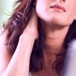 Ответ на вопрос, как проявляется болезнь щитовидной железы у женщин
