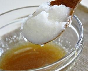 Способы использования кокосового масла для волос - маска с медом