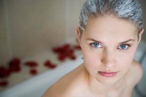 Эфирное масло лимона для волос: применение для масок