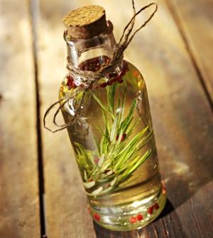Маска для волос с оливковым маслом и медом: рецепты мацератов