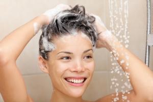 Персиковое масло для волос: как правильно смывать?