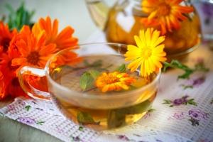 Лечение эрозии шейки матки народными средствами: рецепты для спринцевания
