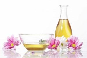 Противопоказания к применению растительного масла для волос