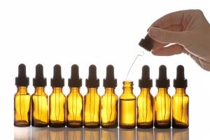 Эфирные масла для сухих волос: правила выбора средства