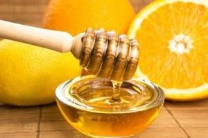 Масло грецкого ореха для волос: рецепт осветляющей маски