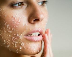 Пилинг солью: для лица