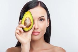 Маска для кожи вокруг глаз: из авокадо